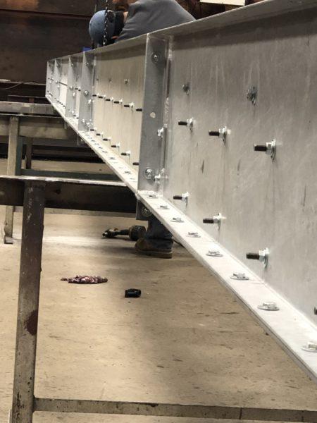 Final assembly of a 8K BPH Hot Dipped En-Masse Chain Conveyor